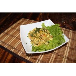 Рис жареный с овощами и яйцом